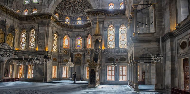 Innenraum von Nuruosmaniye-Moschee, Istanbul, die Türkei, lizenzfreies stockbild