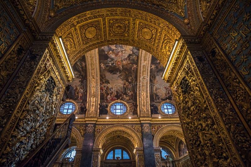 Innenraum von ` s Johannes Mit-Kathedrale, Valletta, Malta stockfotos
