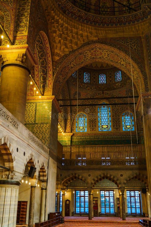 Innenraum von Sultan Ahmed Mosque lizenzfreie stockfotos