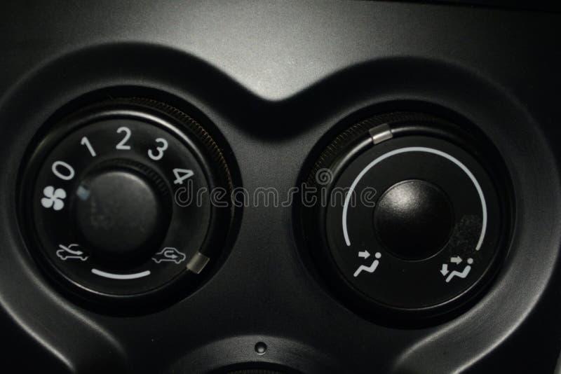 Innere Klimaanlageneinheit im Auto stockfotos