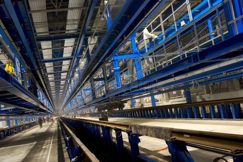 Innerer Fabrikbereich stockfotografie
