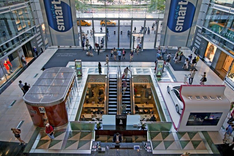 Inneres Columbus Circle Time Warner Center stockfotos