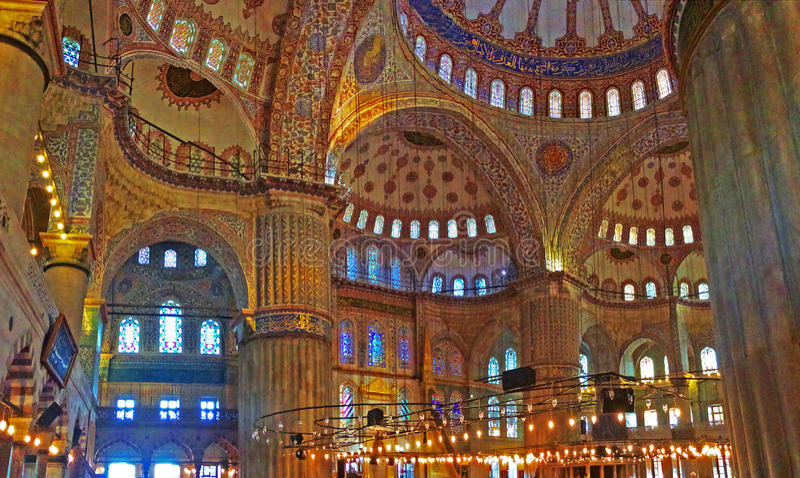 Innerhalb der blauen Moschee lizenzfreie stockfotos