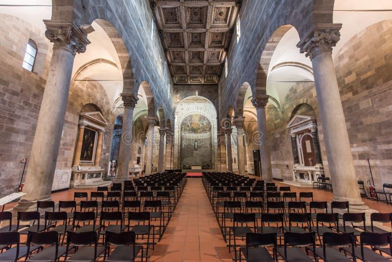 Innerhalb der Kirche von SS Giovanni e Reparata stockbild