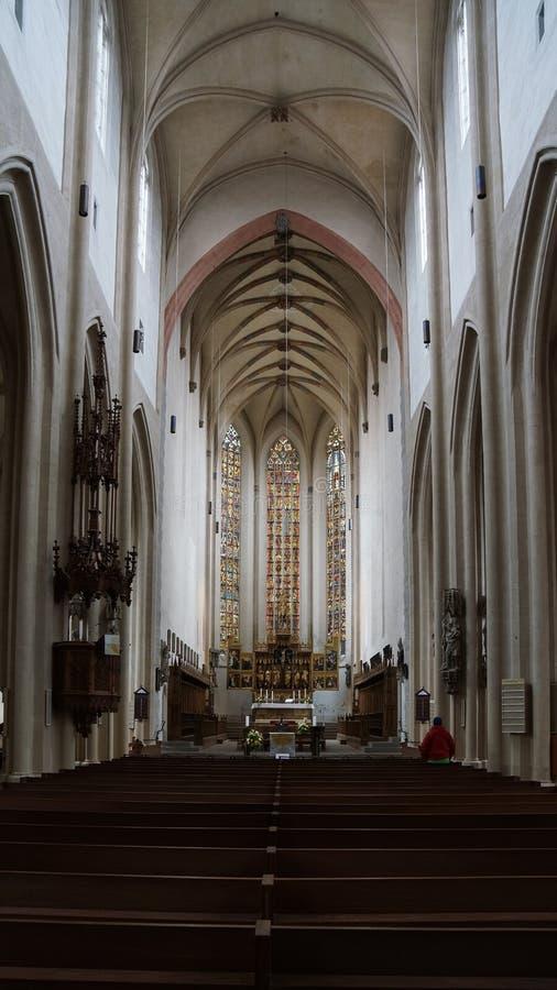 Innerhalb der schönen fränkischen Kirche lizenzfreies stockbild