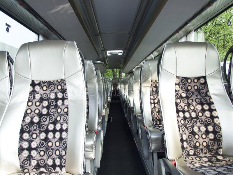 Innerhalb des Busses lizenzfreies stockfoto