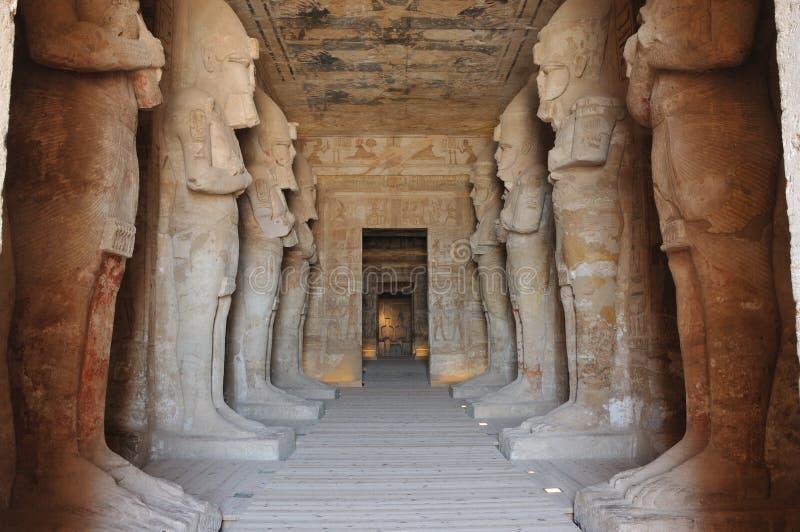 Innerhalb des Tempels von Abu Simbel lizenzfreie stockfotos