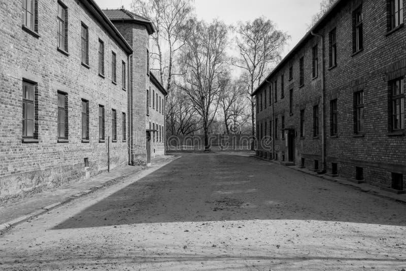 Innerhalb Nazi Concentration Camps von Auschwitz 1, der den Kasernengebäuden zeigt, wo Gefangene in entsetzlichen Bedingungen leb stockbilder