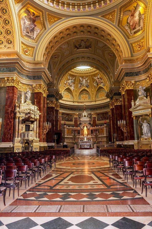 Innerhalb St Stephen Basilika in Budapest, Ungarn lizenzfreie stockfotografie