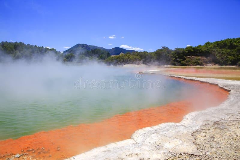 InNew termico la Zelanda del paese delle meraviglie di Wai-O-Tapu immagini stock libere da diritti
