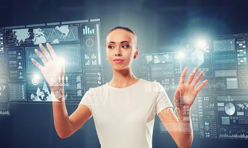 Innovatieve technologieën in gebruik Gemengde media stock afbeelding
