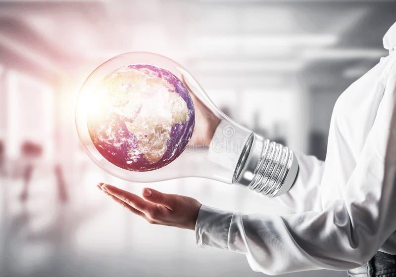 Innovationen für das Weltschutzkonzept stockfotografie