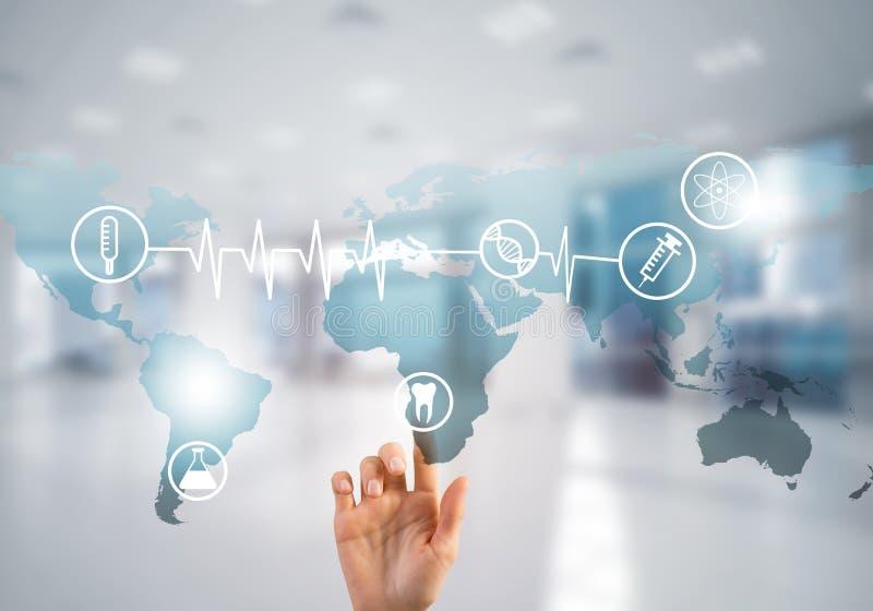 Innovative Technologien für die Wissenschaft und Medizin gebräuchlich durch Ärztin oder Wissenschaftler stockfotos
