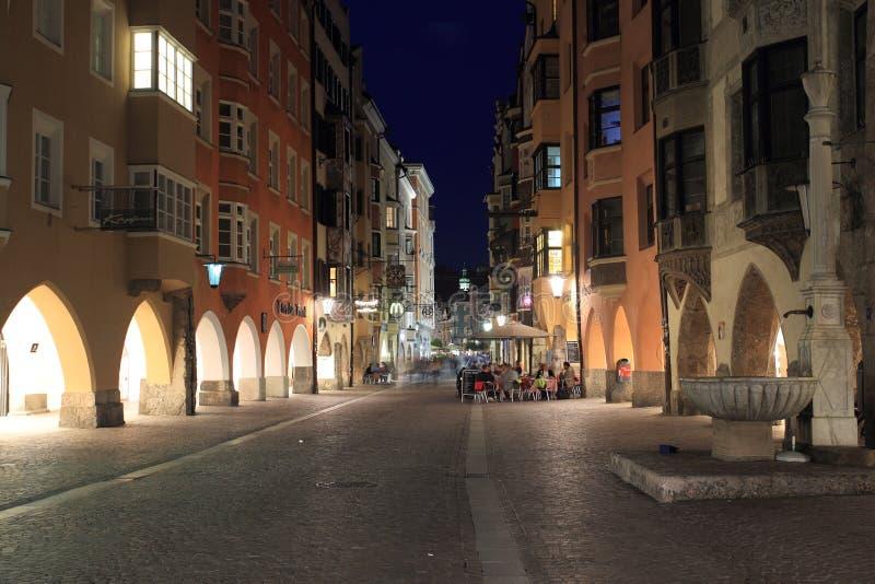 Innsbruck przy nocą obraz stock