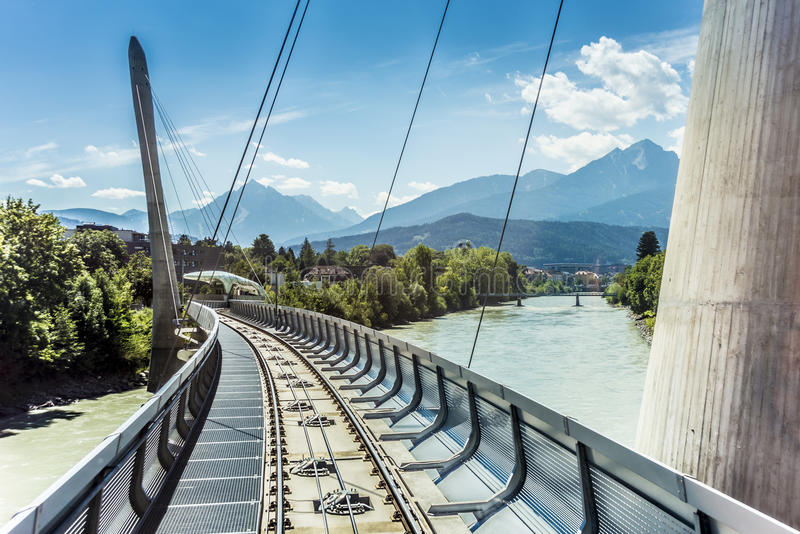 Innsbrucker Nordkette悬索铁路在奥地利。 图库摄影