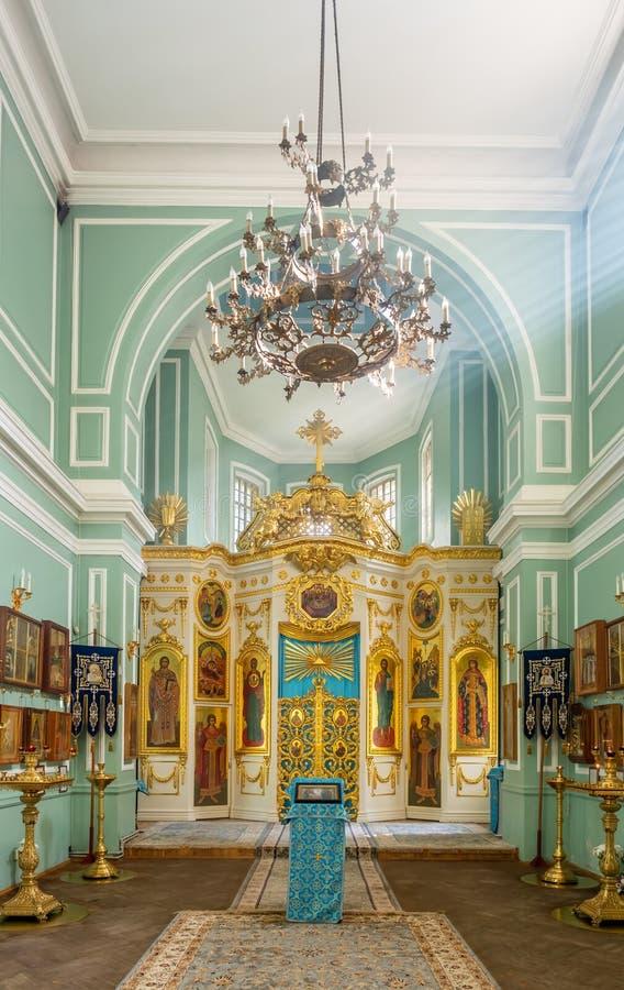 Inom av den Znamenskaya kyrkan i den Catherine slotten, Ryssland royaltyfria bilder