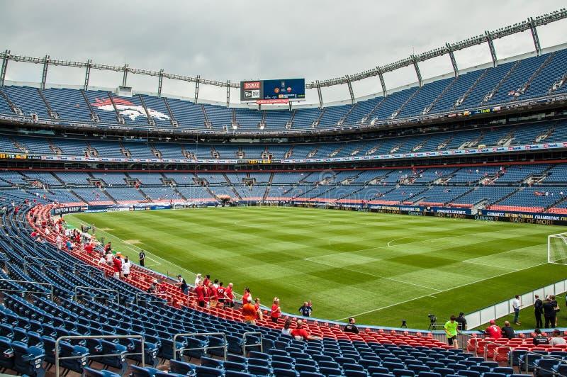 Inom av Denver Broncos Stadium royaltyfria foton