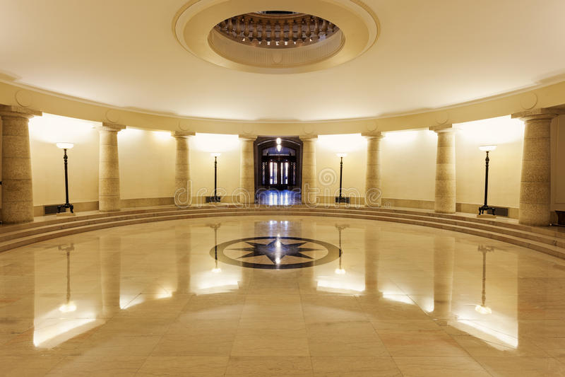 Inom av Manitoba lagstiftnings- byggnad i Winnipeg royaltyfri foto