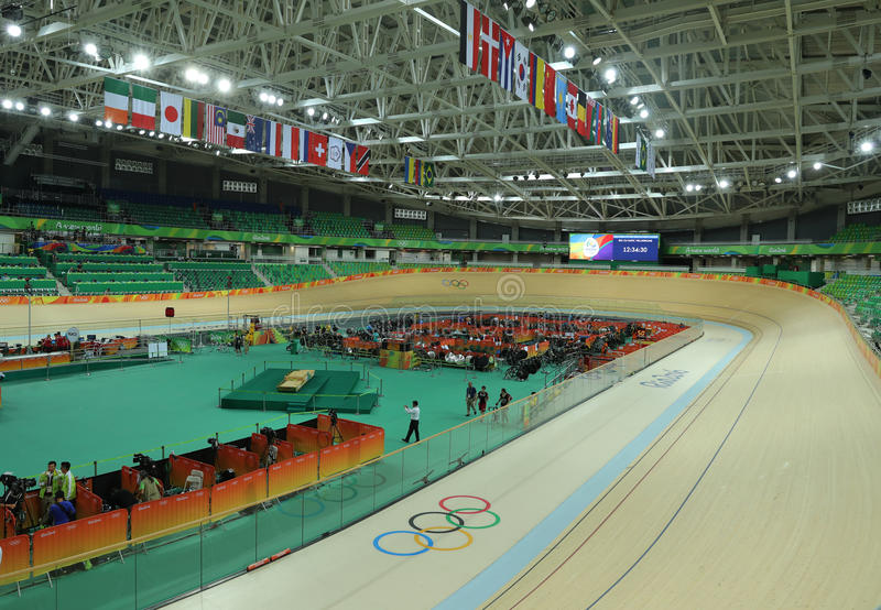 Inom av Rio Olympic Velodrome som lokaliseras i Barra Olympic Park i Rio de Janeiro royaltyfri foto