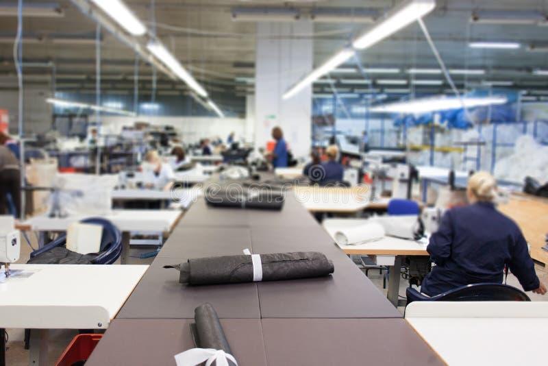 Inom av textilfabrik royaltyfri foto