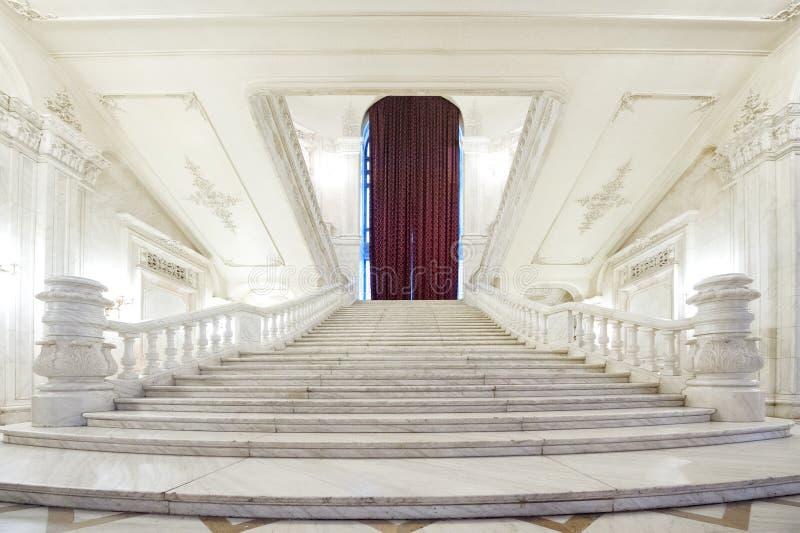 Inom byggnaden av parlamentslotten royaltyfri fotografi