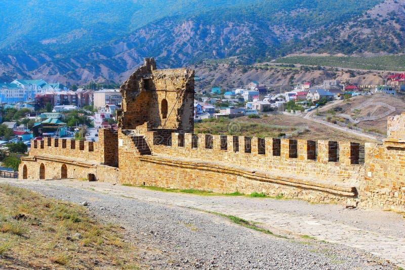 Inom den Genovese fästningen arkivfoto