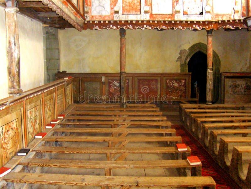 Inom den stärkte Viscri kyrkan arkivfoton