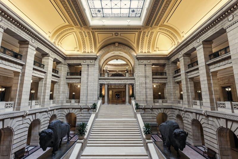 Inom Manitoba lagstiftnings- byggnad i Winnipeg royaltyfri bild