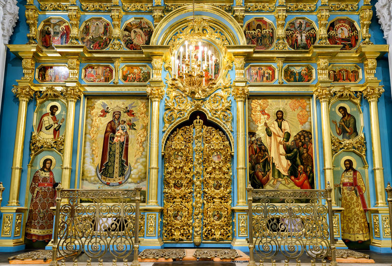 Inom uppståndelsedomkyrkan i den nya Jerusalem kloster Ru royaltyfri fotografi