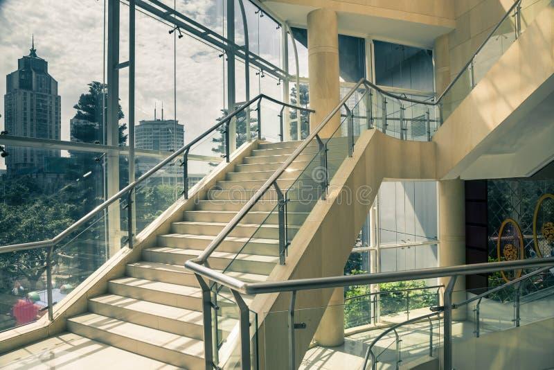 Inomhus trappa fotografering för bildbyråer