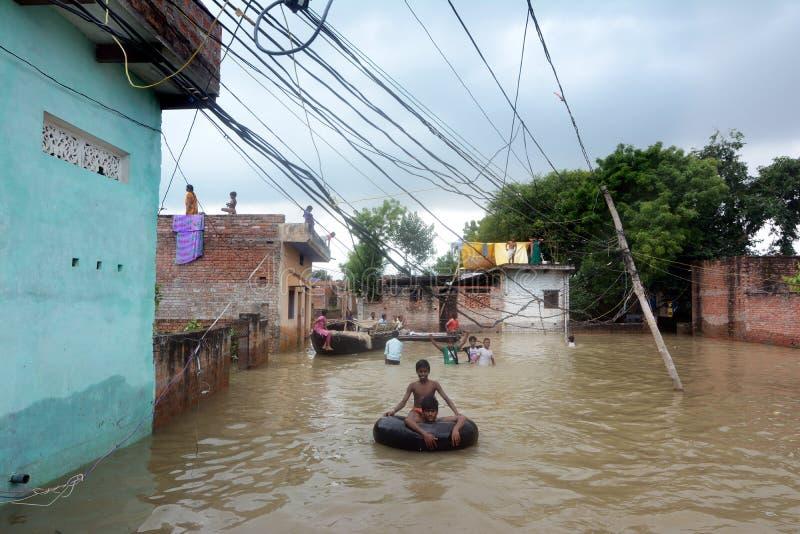 Inondation dans l'Inde images stock