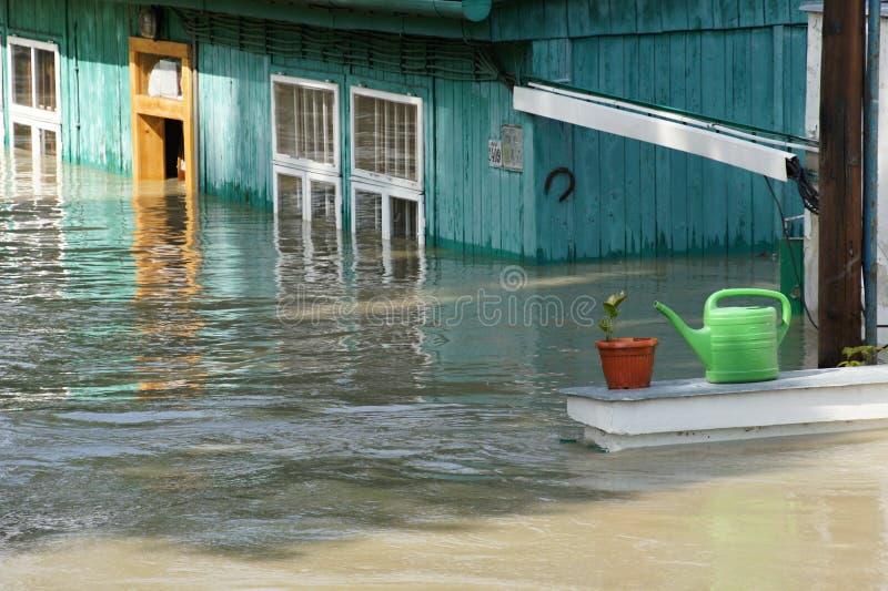 Inondation extraordinaire, sur Danube à Bratislava photos stock