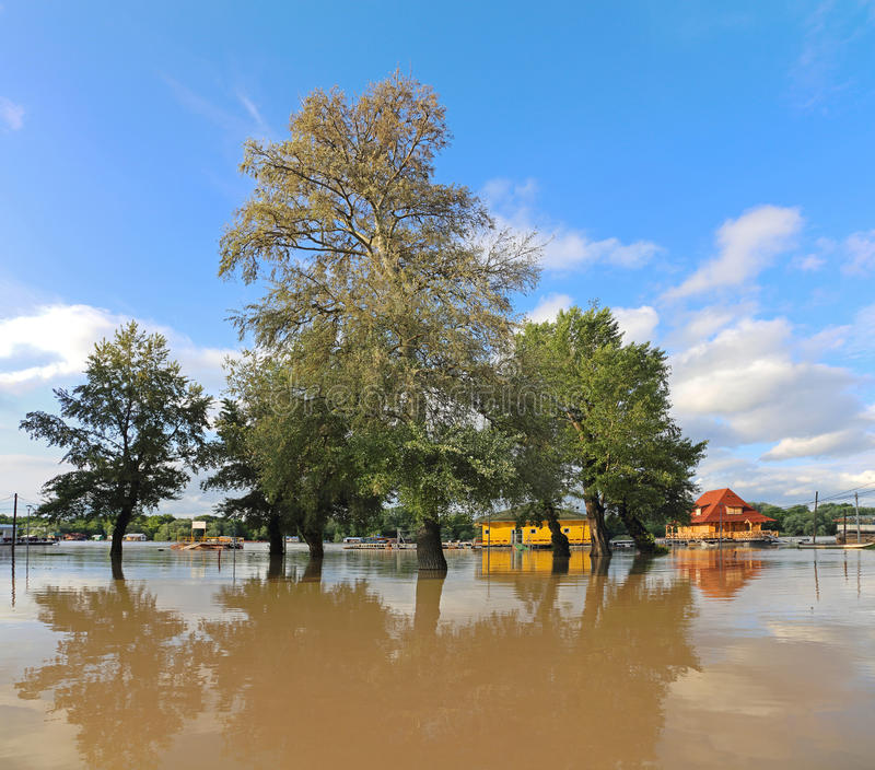 inondations images libres de droits