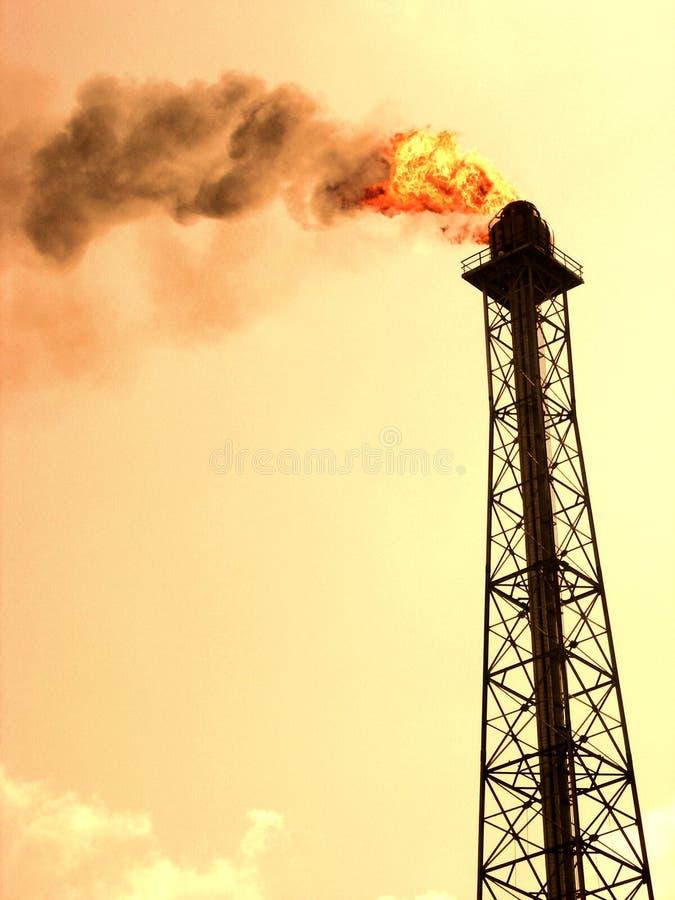 Inquinamento della raffineria fotografia stock libera da diritti