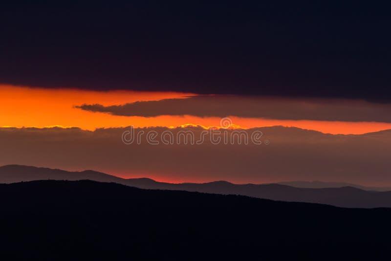 Inramad solnedgång arkivbild