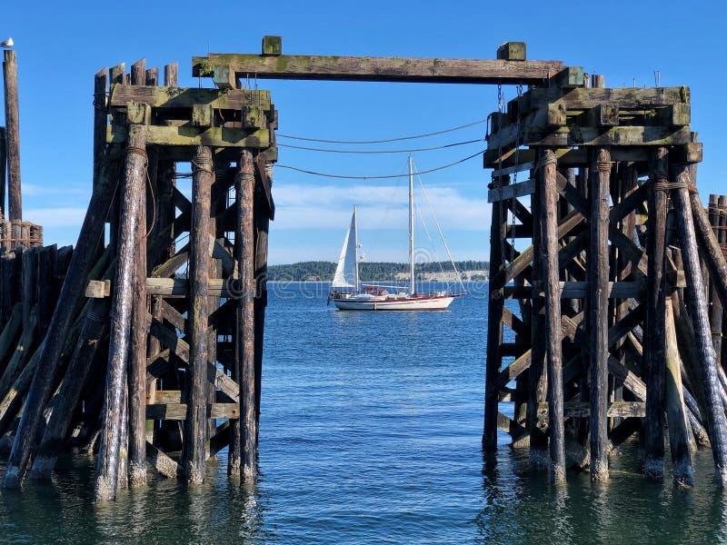 Inramat fartyg arkivbild