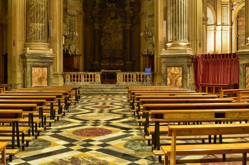 Inre av basilikan di Superga royaltyfri bild