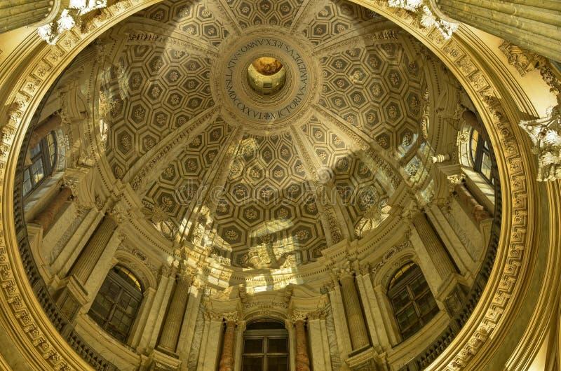 Inre av basilikan di Superga fotografering för bildbyråer