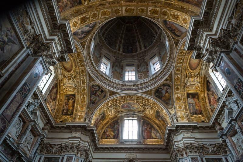 Inre av basilikan Santa Maria Maggiore arkivbilder