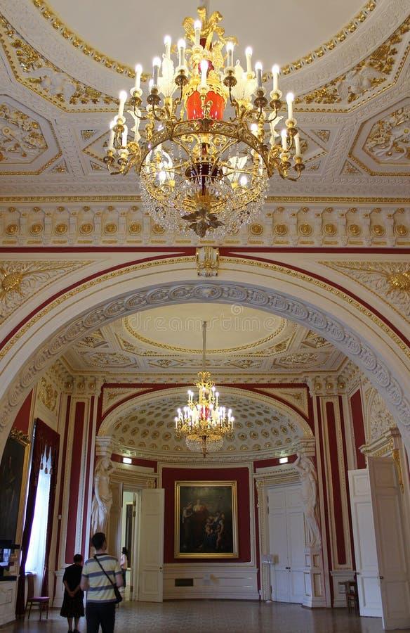Inre av biskopsstolen Hall mikhailovsky slott St Petersburg fotografering för bildbyråer