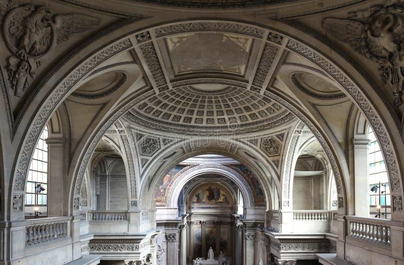 Inre inre av den franska mausoleet för stort folk av Frankrike - panteon i Paris fotografering för bildbyråer