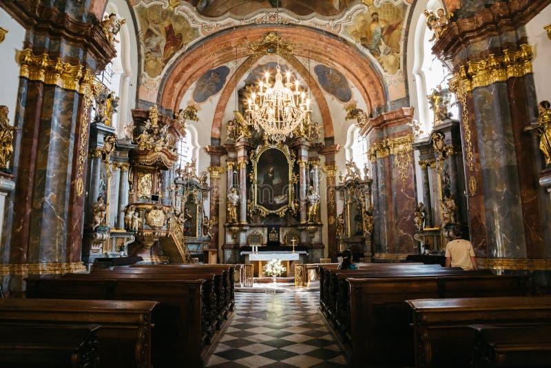 Inre av den Loreta kyrkan i Prague, Tjeckien royaltyfria foton