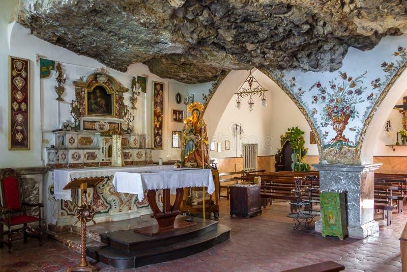Inre av den Madonna dellaRocca fristaden - Taormina, Sicilien, Italien royaltyfri foto