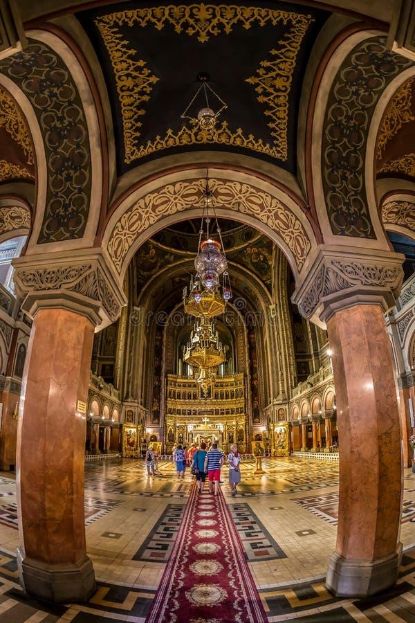 Inre av den Timisoara ortodoxdomkyrkan royaltyfria bilder