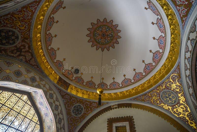 Inre av den Topkapi slotten i Istanbul, Turkiet royaltyfria bilder