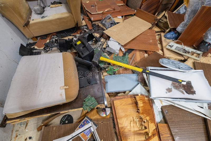 Inre av det förstörda rummet royaltyfri foto