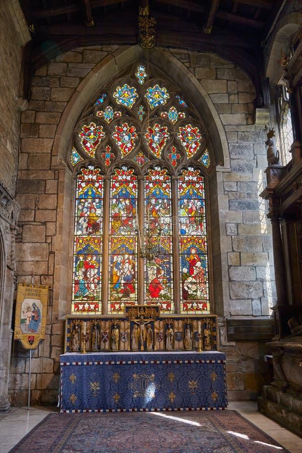 Inre av det Shrewsbury kapellet i Sheffield Cathedral, Sheffield england royaltyfria bilder
