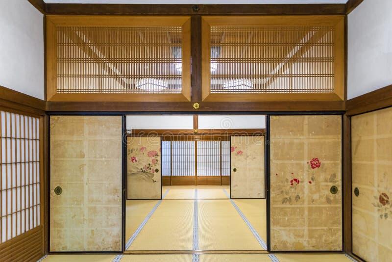 Inre av ett traditionellt ryokan i Japan arkivfoto