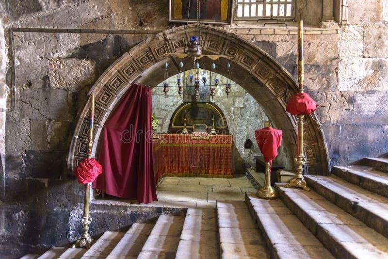Inre av gravvalvet av den jungfruliga Maryen, Jerusalem royaltyfri bild