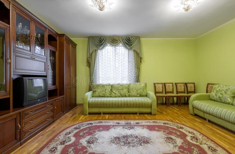 Inre av hotellet eller hemmet i sovjetisk stil royaltyfri foto
